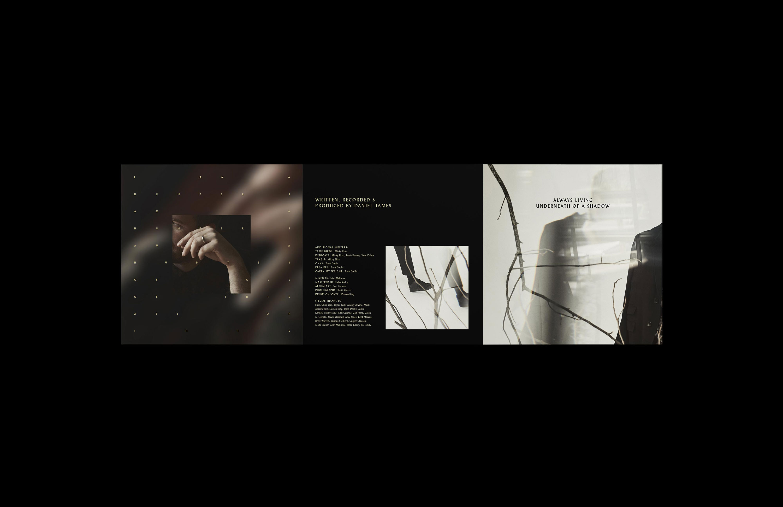 Album-booklet-mockup-L